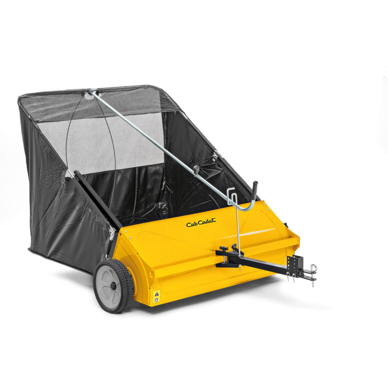 Anhänge-, Rasen- und Laubkehrmaschine